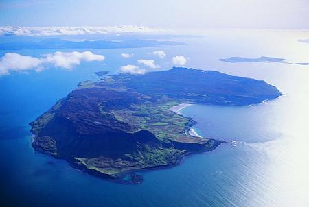 Foto aérea de la isla de Eigg