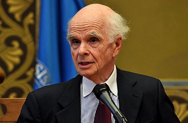 Ervin Lazslo