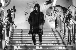 Desfile de moda en el subterráneo porteño