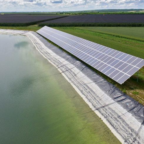 Bombas solares, un sistema de riego económico y limpio