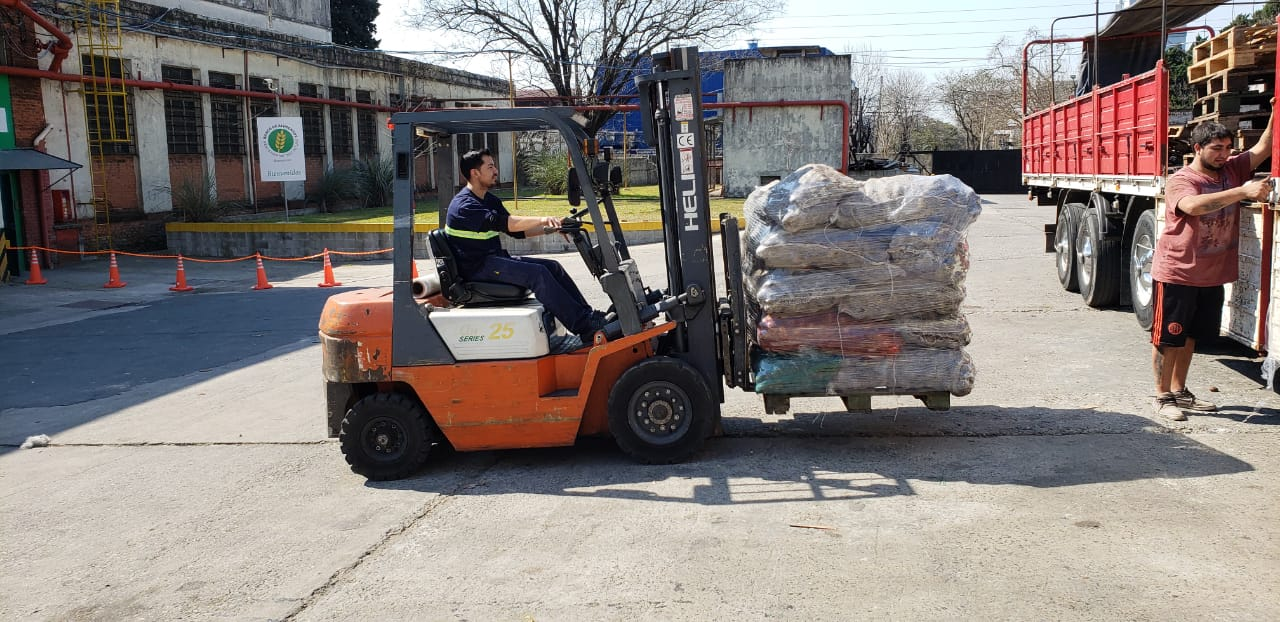 Más de 75 camiones de papas frescas para los Bancos de Alimentos
