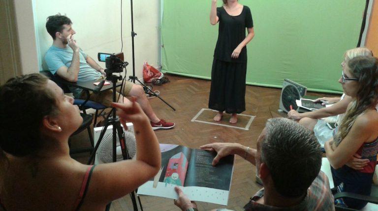 Banco Galicia acompaña el proyecto de Canales para la educación de niños sordos