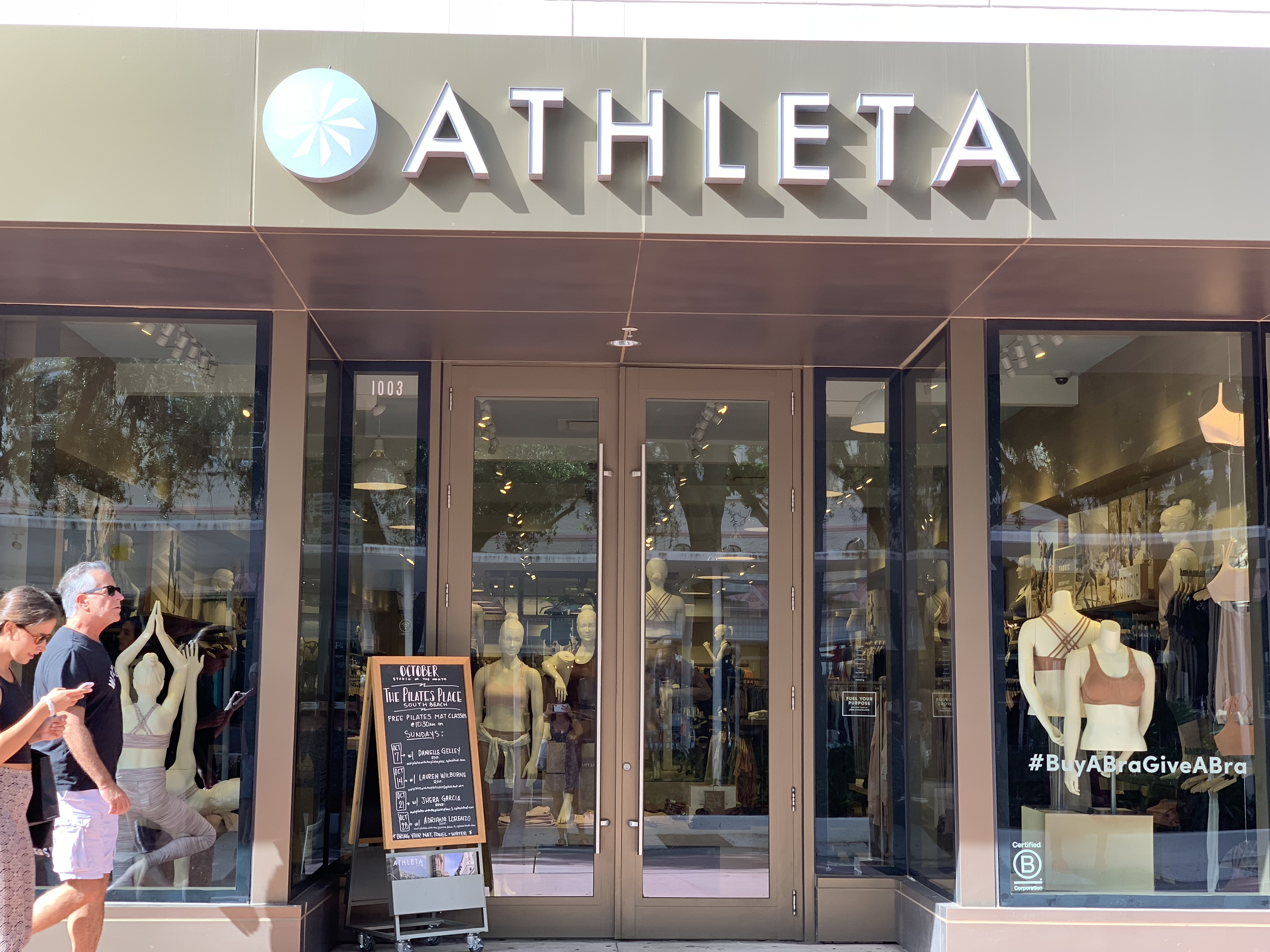 Para la mujer, Athleta B Corporation en Miami