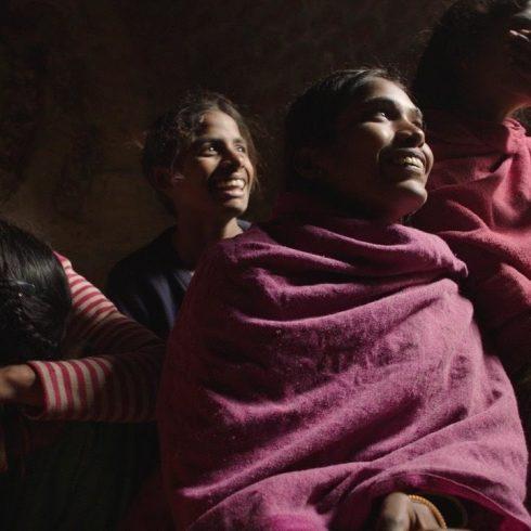 Oscar 2019 al Mejor Cortometraje Documenta, que trata sobre la menstruación y cómo fabricar toallitas higiénicas. Y cómo alcanzar la libertad