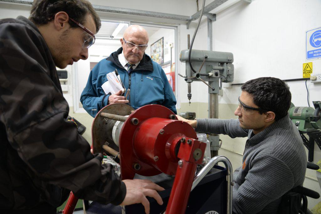 Energía undimotriz: la Universidad Tecnológica Nacional, división Mar del Plata, y un trabajo en equipo