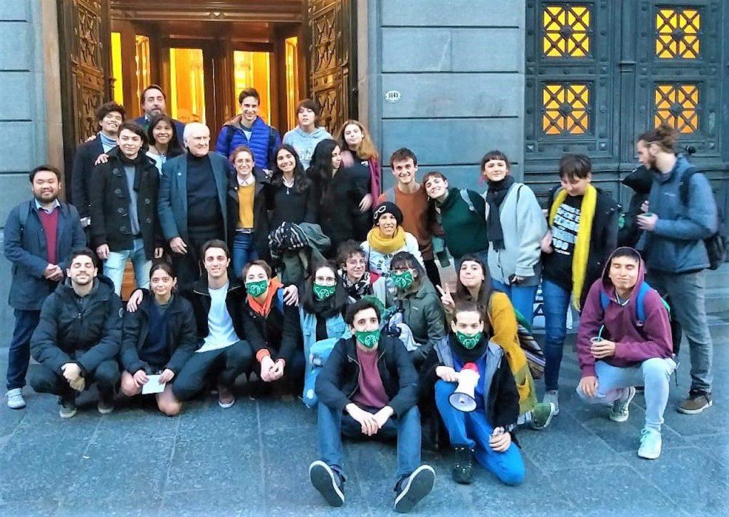 Jóvenes por el Clima Argentina, presencia decisiva para la media sanción en Senado del proyecto de Ley de Presupuestos Mínimos para la Adaptación y Mitigación del Cambio Climático por unanimidad
