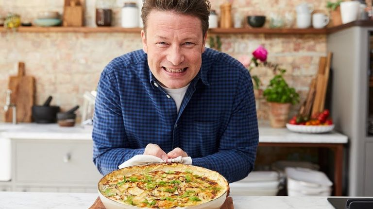 Jamie Oliver, el conocido chef de televisión, piensa certificar su empresa como Empresa B