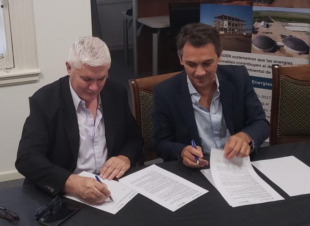 Cader y Ramcc firmaron un acuerdo de colaboración mutua para implementar la generación de energías limpias en localidades y comunas del interior del país