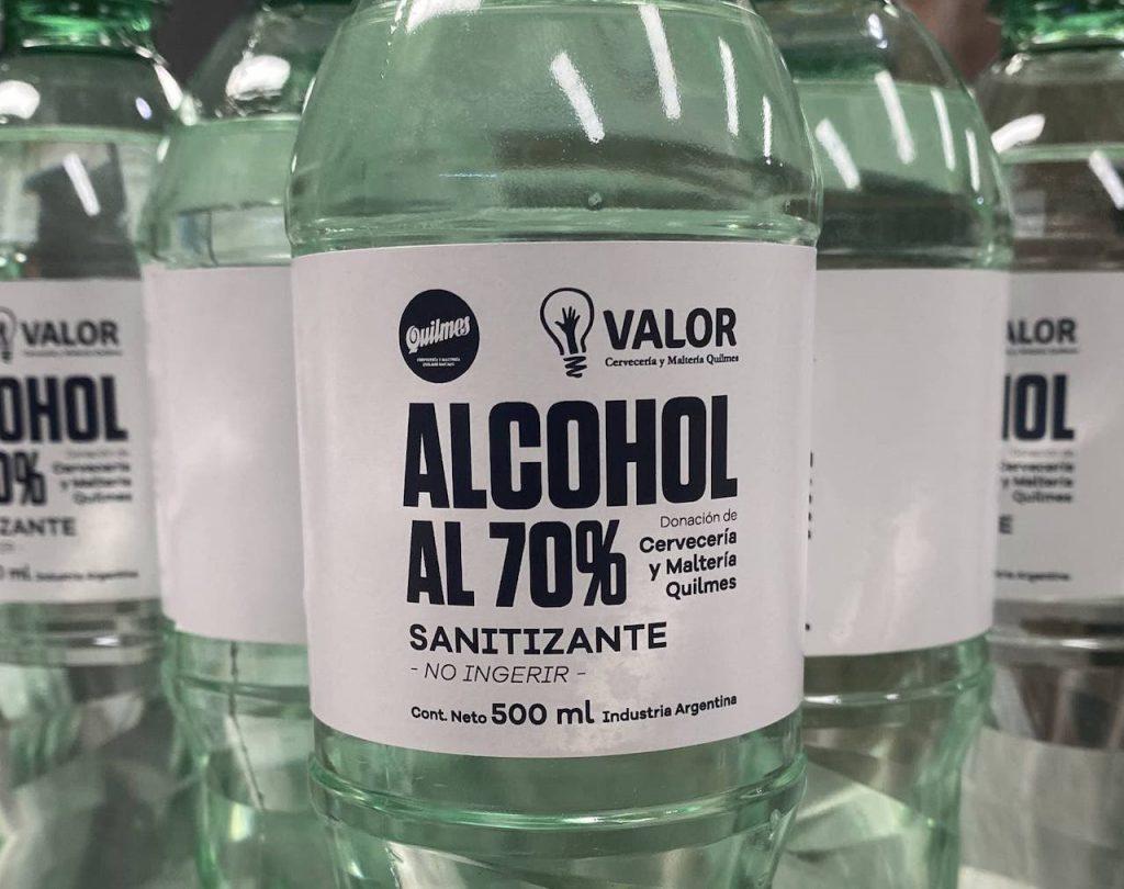 La Maltería y Cervecería Quilmes fabrica alcohol al 70 por ciento a partir de su mosto cervecero para hospitales y personal de salud en la Argentina
