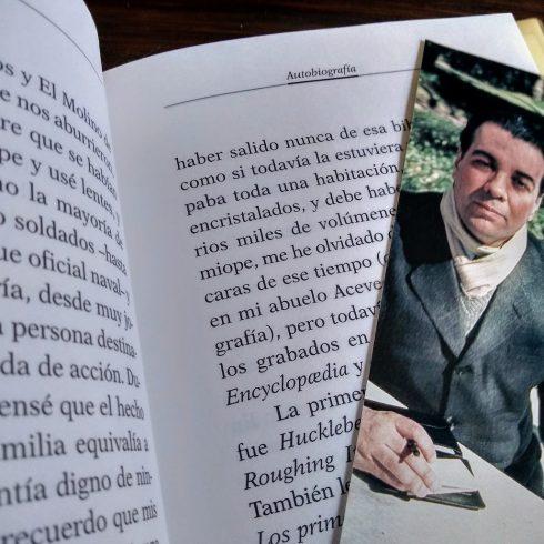 El Día del Lector en la Argentina se celebra el 24 de agosto, fecha del cumpleaños de Jorge Luis Borges