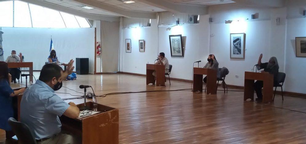 Concejales en Esquel, provincia del Chubut aprueban por unanimidad el proyecto de compr pública de Triple Impacto impulsado por Hernán alonso acompañado por Fernando López Peña del grupo GITRE y la Comunidad B Patagonia
