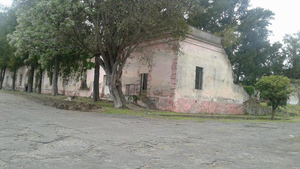 En la isla Martín García, está la vieja cárcel en la que estuvieron detenidos varios presidentes argentinos