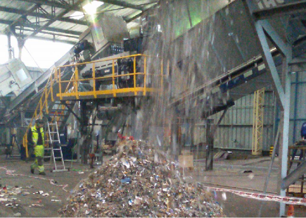 Coprocesamiento de residuos no reciclables en la planta de Recycomb