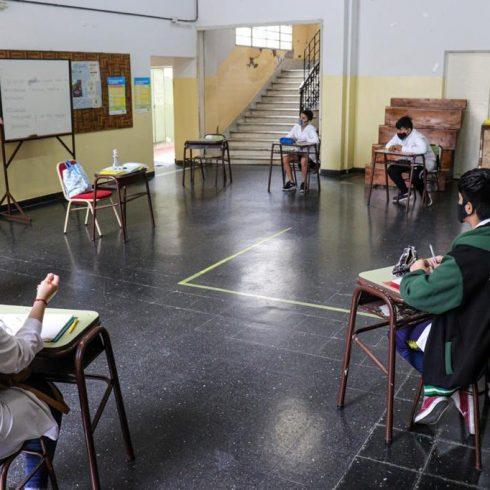 La prioridad de la educación para 2021, y más de 80 entidades lanzan la campaña #AlasAulas