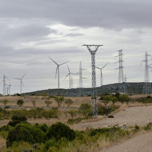 Un modelo distribuido y justo de energía a gran escala pide Aliente
