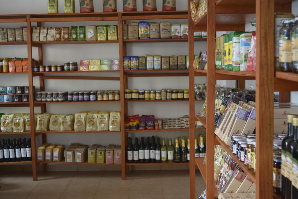 Cooperativa Cauqueva implementó, durante 2003, el Programa Integrado de Cultivos Andinos (PICA), para articular las distintas acciones que buscaban la comercialización justa de la horticultura y la recuperación de sus productos andinos ancestrales