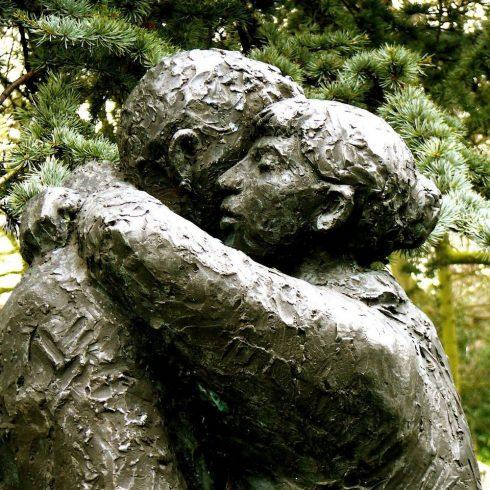 ReEnamórate de tu vida, el primer Congreso Online sobre el Amor y el Deseo después de los 50 años, creado por la directora de Viejenials, la periodista argentina Constanza Lucadamo