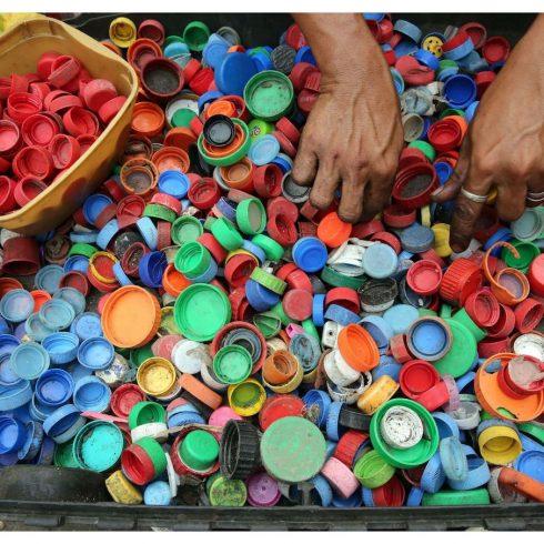 Ecoplas y su manual sobre consumo responsable de plásticos y el postconsumo